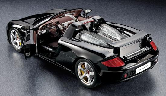 1/12 Porsche Carrera GT