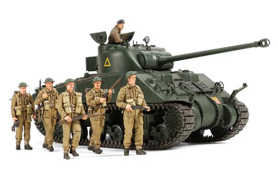 1/35 British Tank Sherman VC Firefly (w/6 Figures)
