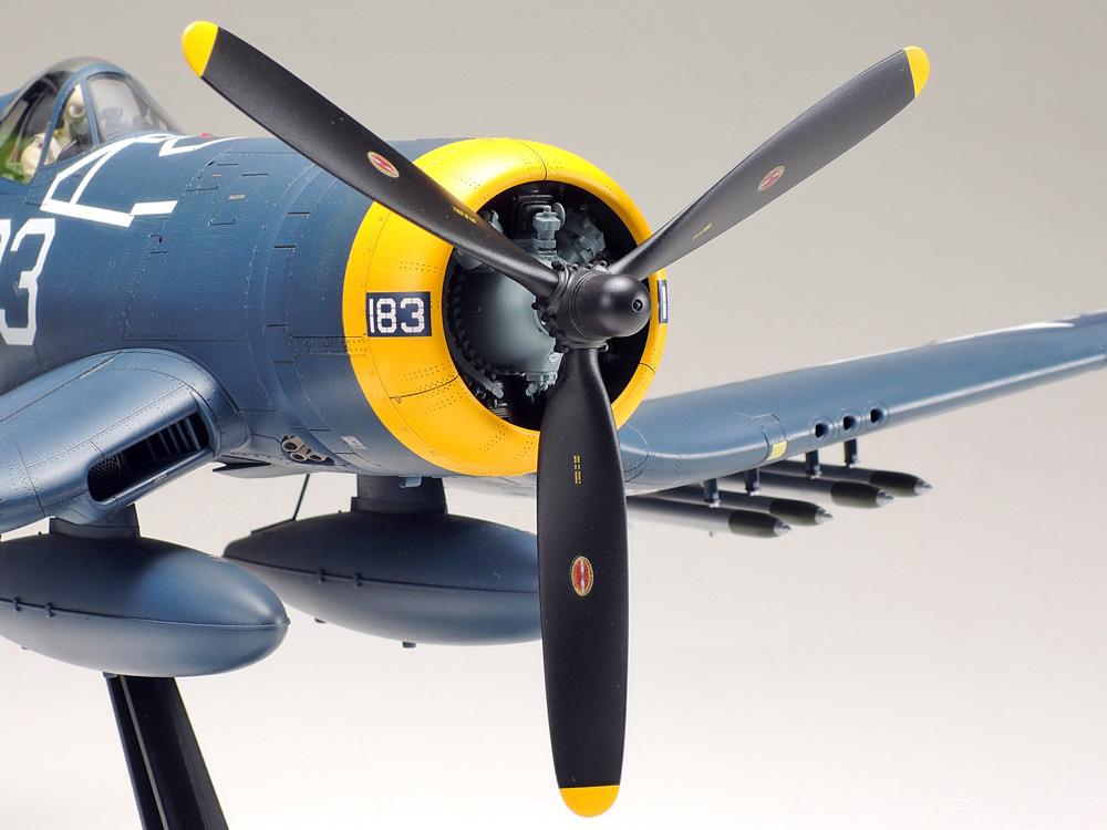 1/32 Vought F4U-1D Corsair®